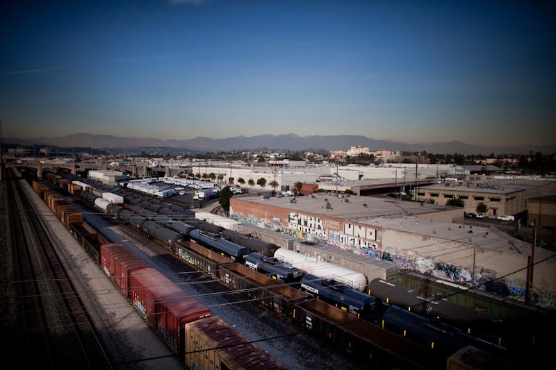 Los Angeles neighborhood bears the brunt of air pollution